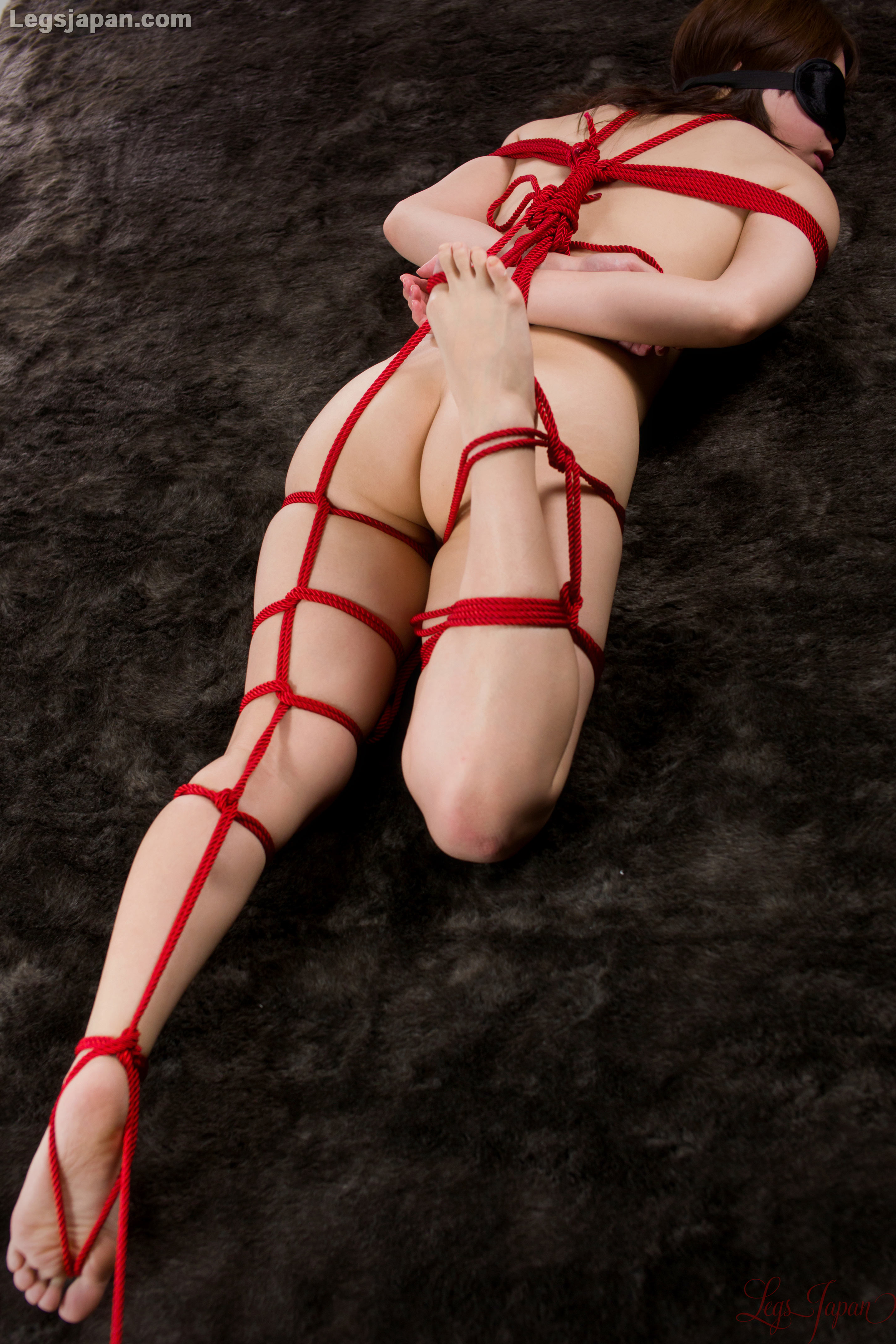 Naked Legs Video