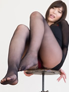 More Shino Aoi at Legs Japan