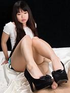 More Chiho Arimura at Legs Japan