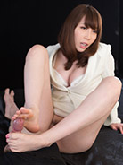 More Aya Kisaki at Legs Japan
