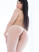 More Yui Kasugano at Legs Japan