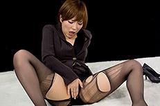 Kaede Oshiro's Legs