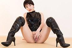 Umi Kawakami's Legs