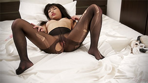 Pantyhose Ripping Masturbation