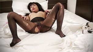 Pantyhose Ripping Masturbation