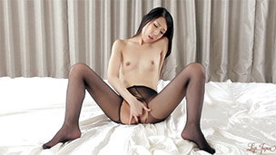 Nylon Ripping Masturbation
