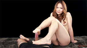 Nude Footjob