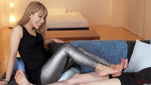 Silver Leggings Footjob