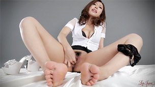 Blouse & Skirt Masturbation
